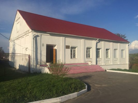the building of the Valozhin Yeshiva in Belarus