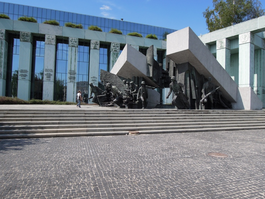 Bronze statues of the insurgents of the Warsaw apprising monument