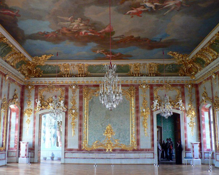 rundale-palace-riga-latvia-interior