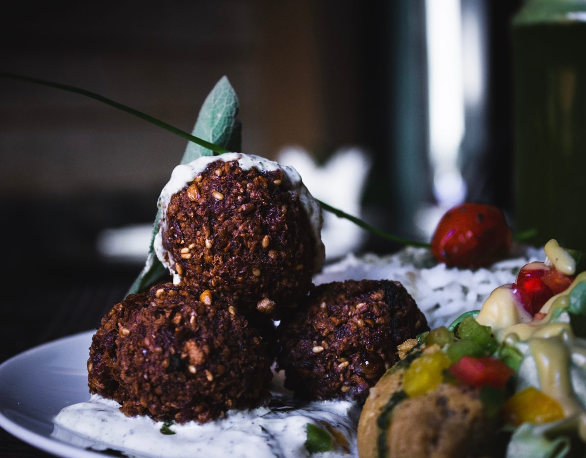 deep-fried balls made from ground chickpeas