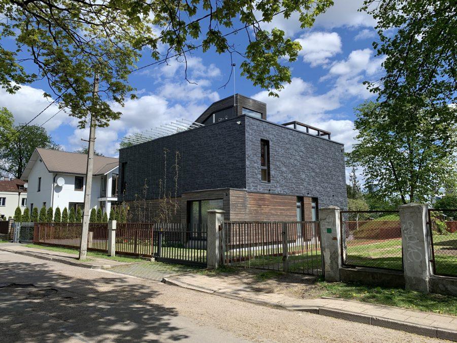 Zverynas modern housing